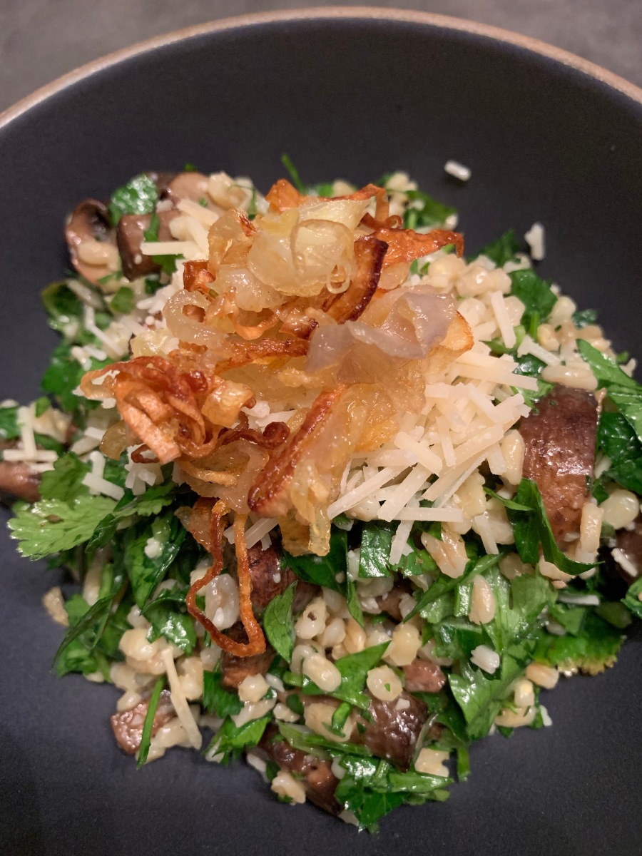 this week in our kitchen: herby barley salad with mushrooms
